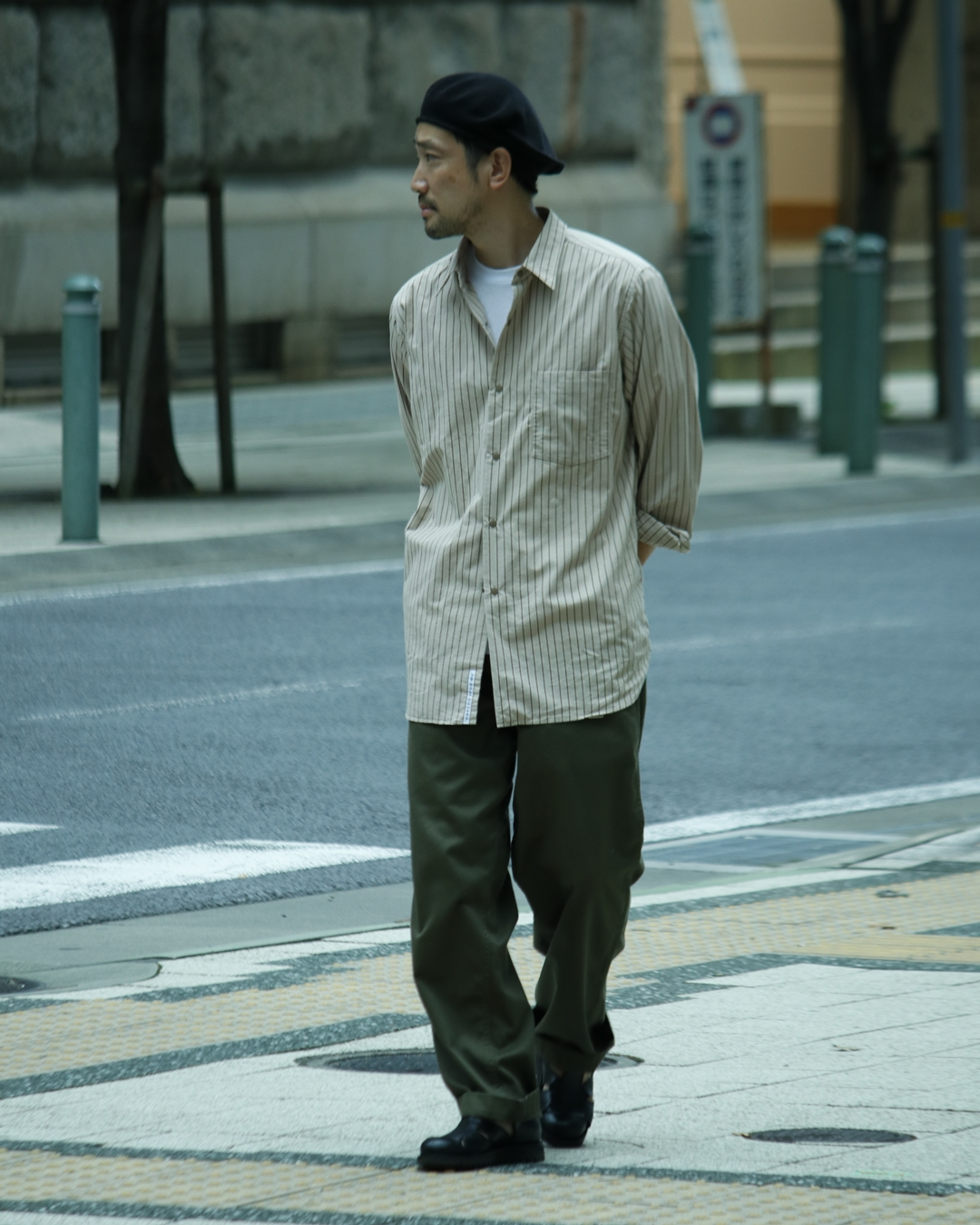 nanamica Regular Collar Wind Shirt and Wide Chino Pants